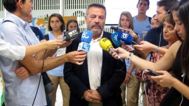 El delegado de Fomento de la Junta de Andalucía, Manuel García Peláez