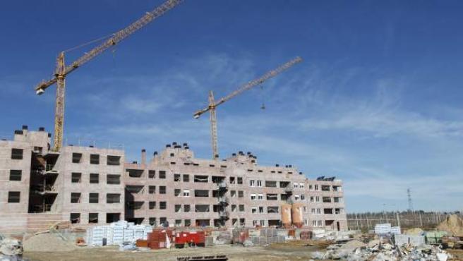 Una imagen de una promoción de viviendas en construcción.