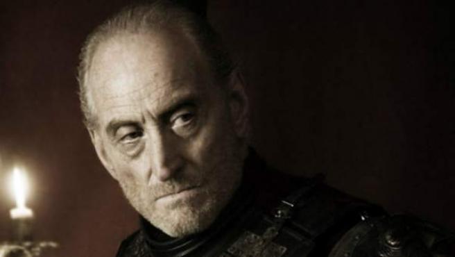 Charles Dance interpreta a Tywin Lannister en la serie 'Juego de tronos'.