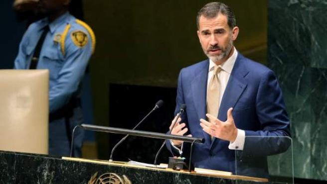 El rey Felipe VI interviene ante la Asamblea General de las Naciones Unidas con un discurso que defiende la candidatura de España al Consejo de Seguridad con unas prioridades basadas en la promoción de la paz, la seguridad, el desarrollo sostenible y los derechos humanos.