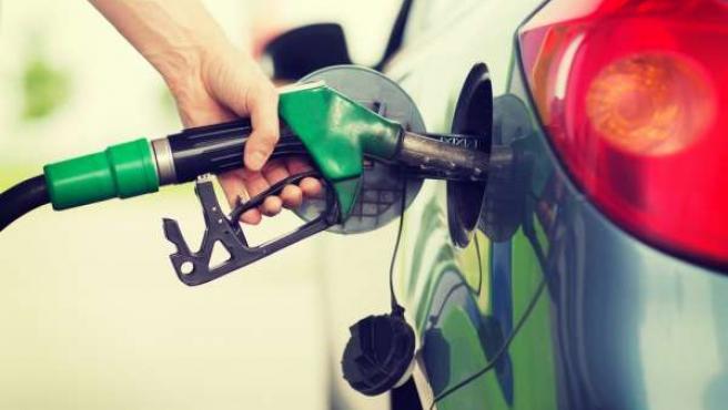 Recurso de vehículo, repostaje, gasolina, depósito