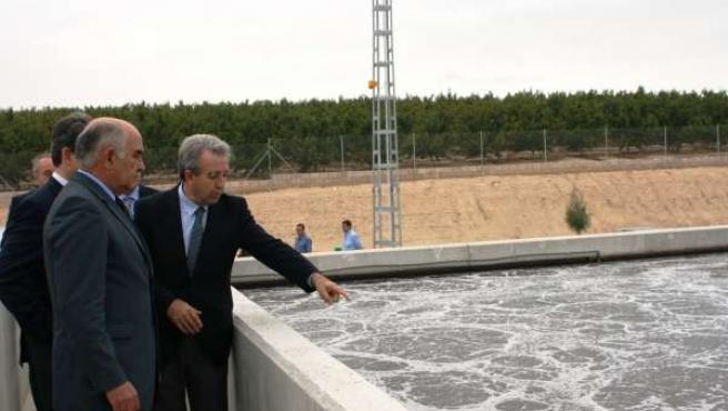 El presidente Alberto Garre inaugura la estación depuradora de aguas residuales