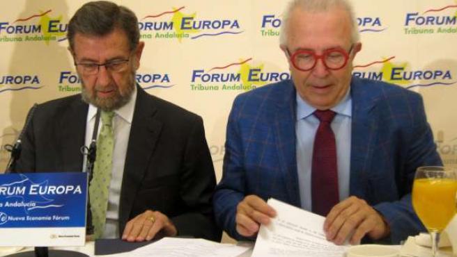 Manuel Gracia y el consejero de Economía José Sánchez Maldonado