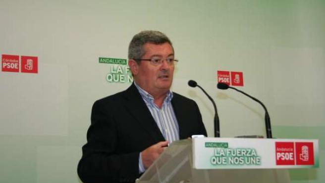 El coordinador de Política Institucional del PSOE de Córdoba, Jesús María Ruiz
