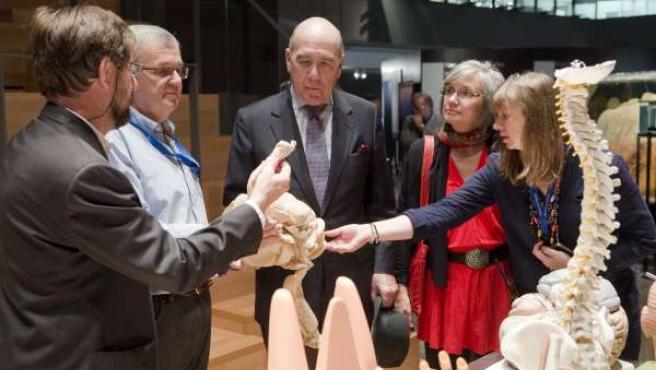 Visita del director del museo Field de Chicago al Parque de las Ciencias