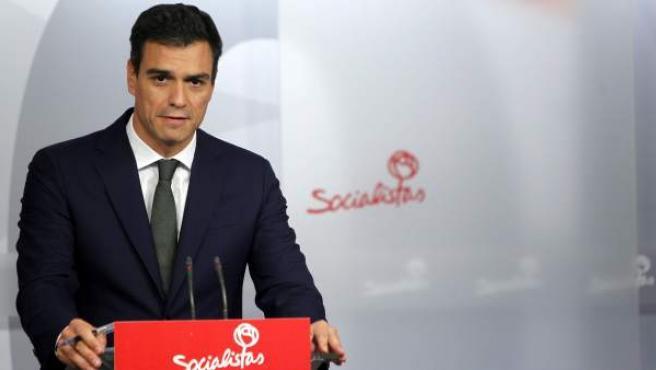 El secretario general del PSOE, Pedro Sánchez, durante la rueda de prensa en la sede de la formación en Madrid.
