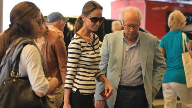 Miguel Boyer, junto a su esposa, Isabel Preysler y su hijastra, Tamara Falcó.