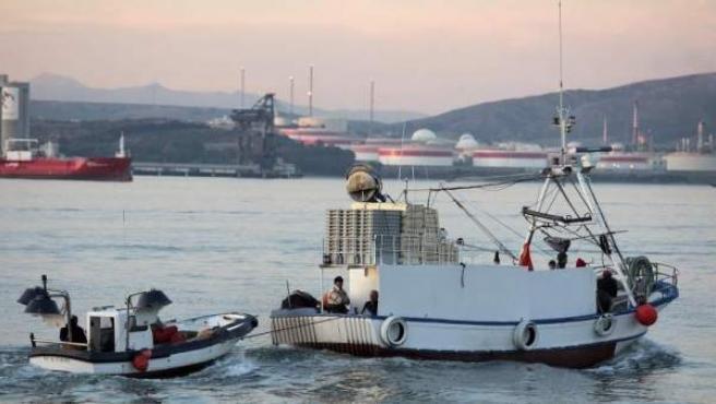 Imagen de archivo de un pesquero en Gibraltar.
