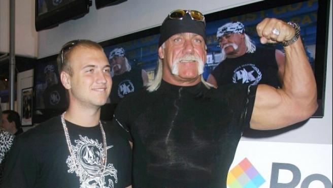 Hulk Hogan y su hijo Nick en una imagen de 2007.