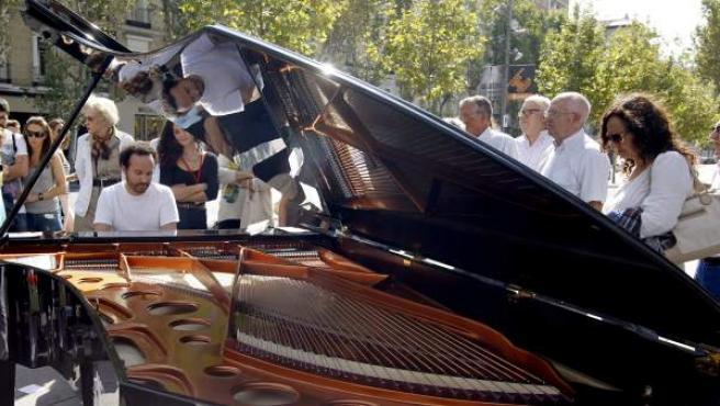 Uno de los pianos instalados en la calle Serrano de Madrid