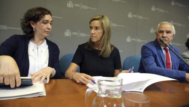 Rueda de prensa con la ministra de Sanidad, Ana Mato, para informar sobre la tercera persona española contagiada por ébola.