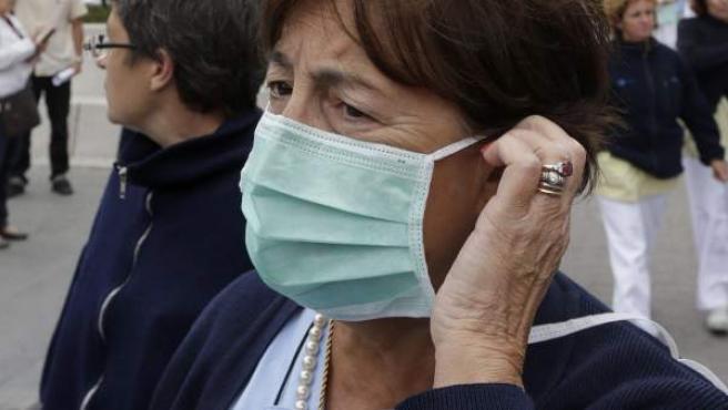 Una trabajadora del hospital universitario La Paz