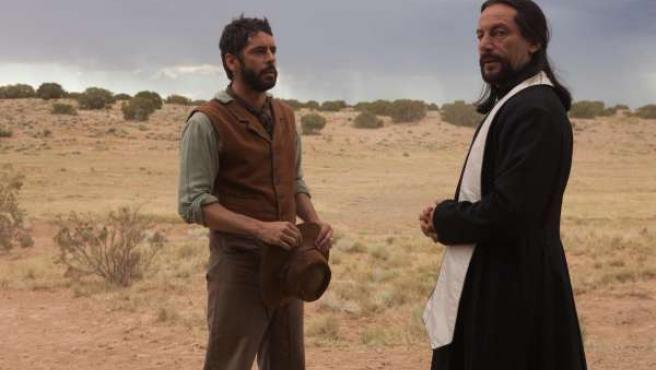 Fotograma de la película 'Sweetwater' con Eduardo Noriega