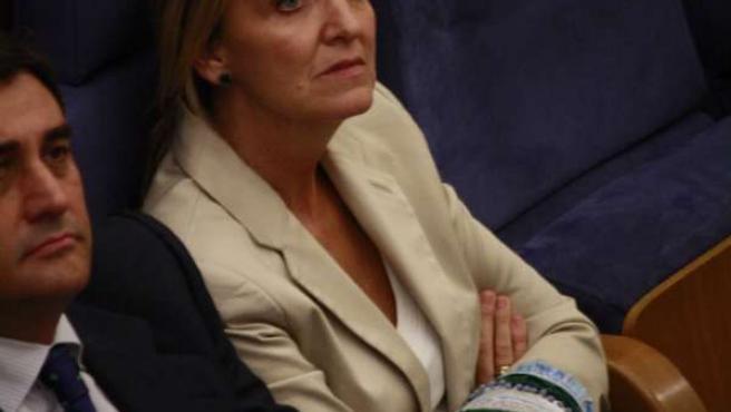 Carmen Casero en el pleno de las Cortes