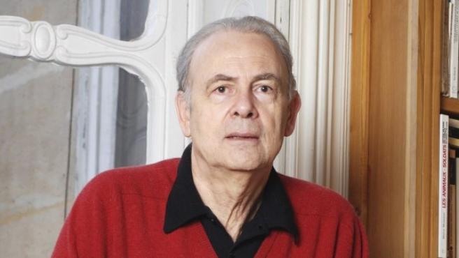 Fotografía sin fechar del escritor galo Patrick Modiano, Premio Nobel de Literatura.