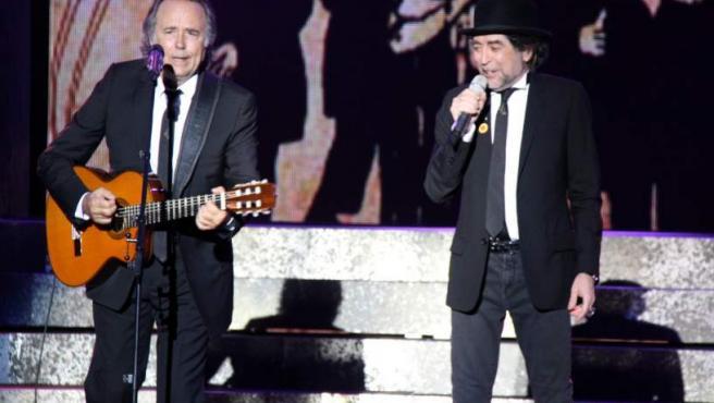 La gira Dos pájaros de un tiro va dur Joan Manel Serrat i Joaquín Sabina al Festival Castell de Peralada el 2012.