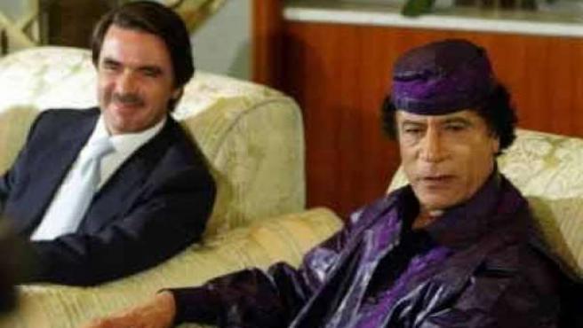 Gadafi y Aznar, en una imagen de archivo.