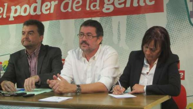 Maíllo, Esteban y Martín en rueda de prensa