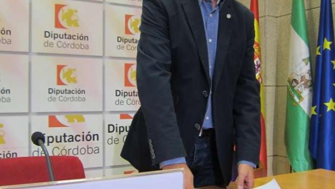 El portavoz del PSOE en el Consistorio de Encinas Reales, Gabriel González Barco
