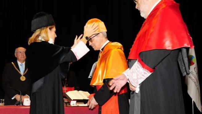 El Cardenal Santos Abril, Doctor Honoris Causa por el CEU