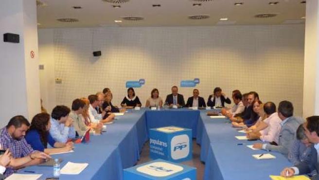 Fabra en una reunión del Comité de Campaña del PPCV