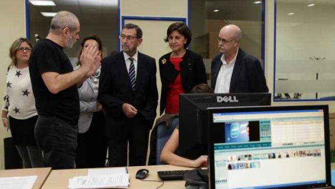 Manuel Gracia y Emelina Fernández en la sede del CAA