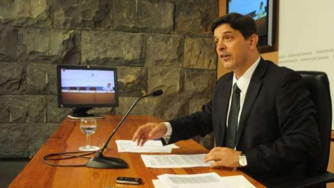 González Ortiz, en rueda de prensa