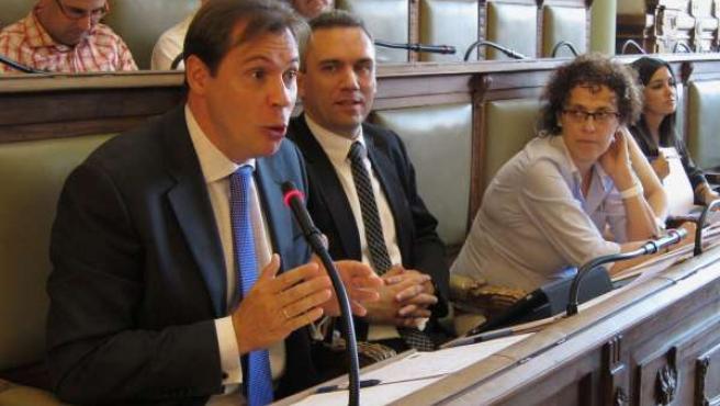 Óscar Puente, en un Pleno Municipal de Valladolid