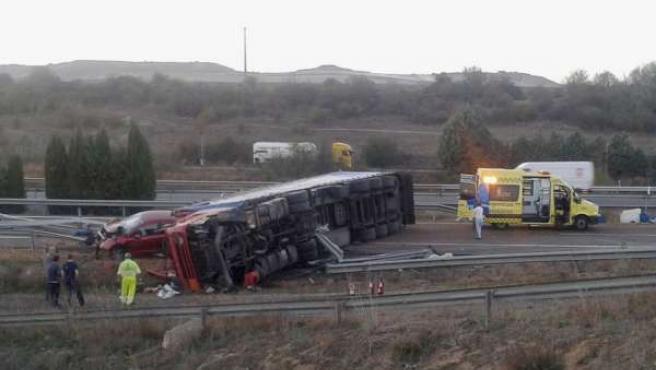 Accidente de tráfico en Dueñas