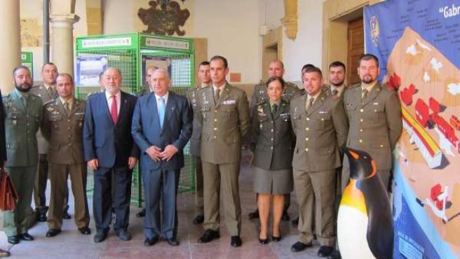 Doce militares españoles integrados en un proyecto científico en la Antártida