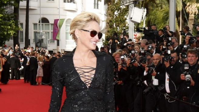 """La actriz estadounidense, Sharon Stone, llega al pase de """"La búsqueda"""" durante la 67º edición del Festival de Cine de Cannes en Cannes, Francia."""