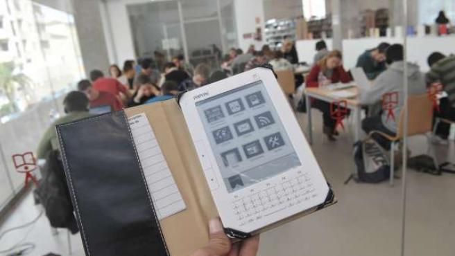 Biblioteca, ebook, dispositivo electrónico, lectura, libro, leer
