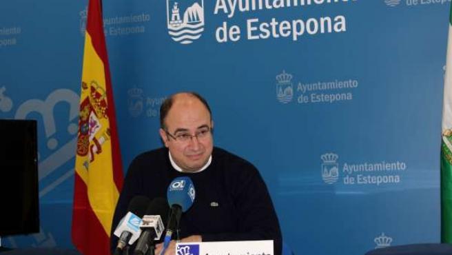 Manuel aguilar concejal haciendaestepona
