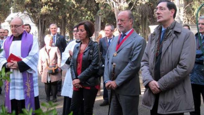 Cantalapiedra, De la Riva y Enríquez conmemoran el Día de los Difuntos
