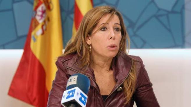 La líder del PPC, Alicia Sánchez-Camacho, durante una entrevista.