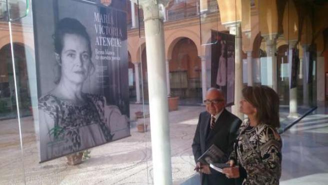 García Baena y Gómez visitan la muestra