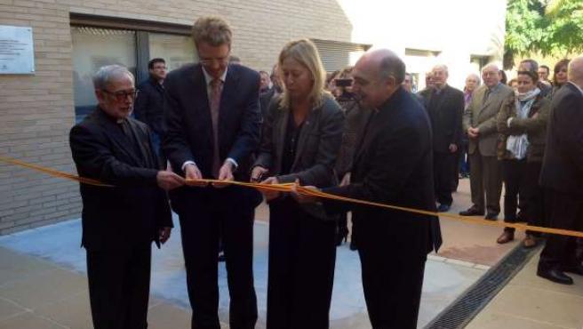 La consellera N.Munté inaugura ampliación de una residencia en Tortosa