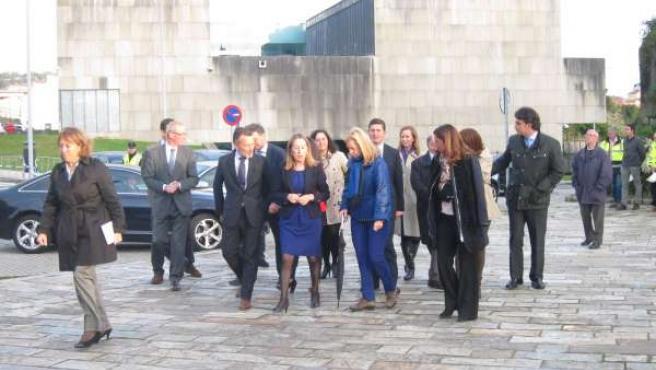 La ministra de Fomento, Ana Pastor, a su llegada al acto de Santiago