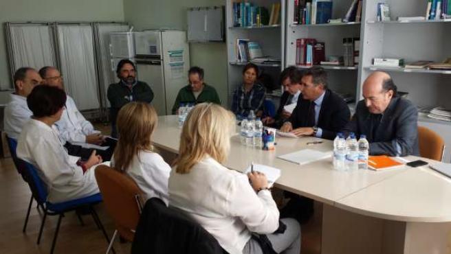 Oliván se ha reunido este miércoles con responsables de los centros de salud