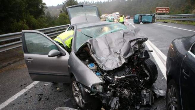 Imagen de un accidente de tráfico en Galicia.