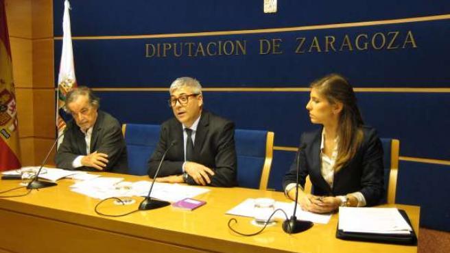 García-Nieto, Artajona y Zurutuza en la presentación del Seminario este viernes