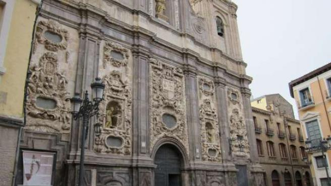Iglesia De Santa Isabel De Portugal O San Cayetano, En Zaragoza