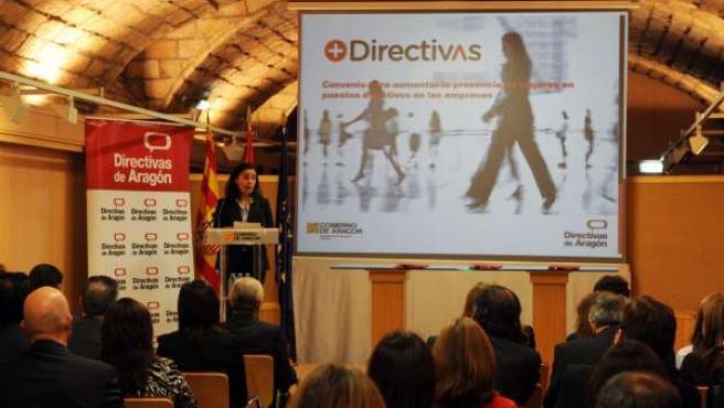 Adesión para aumentar las mujeres directivas en empresas