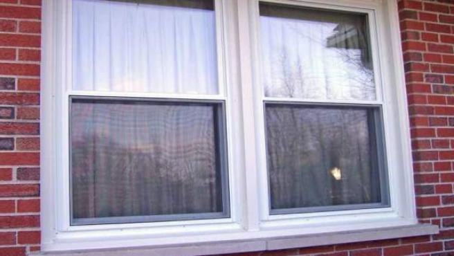 Una doble ventana, recién instalada.