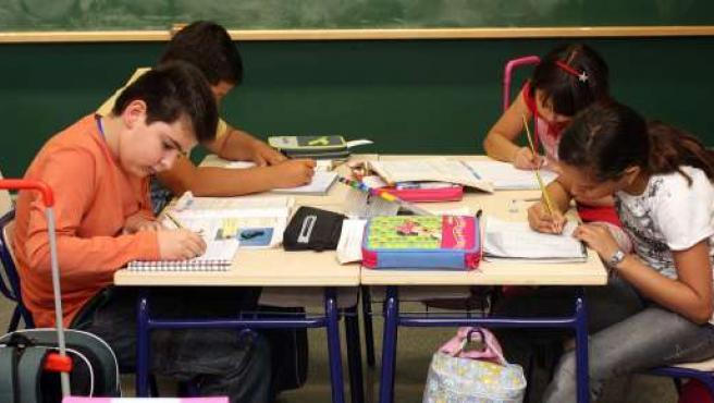 Educación pone en marcha la tercera Escuela de Padres