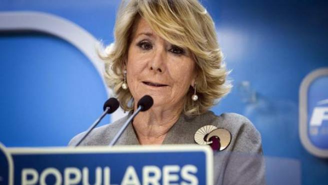 La presidenta del PP en Madrid, Esperanza Aguirre, en rueda de prensa.
