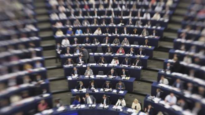 Los miembros del Parlamento Europeo durante la primera sesión plenaria con nuevos eurodiputados en Estrasburgo (Francia) tras las elecciones del 25 de mayo.