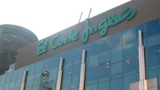 Un edifico del centro comercial El Corte Inglés.