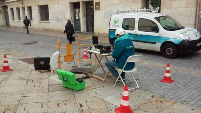 Imagen de la instalación de fibra óptima en Palencia
