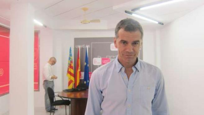 Toni Cantó en la sede de UPyD en Valencia